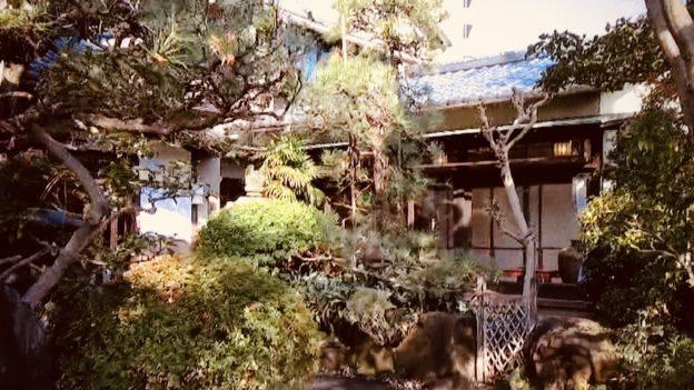 名古屋あつた蓬莱軒