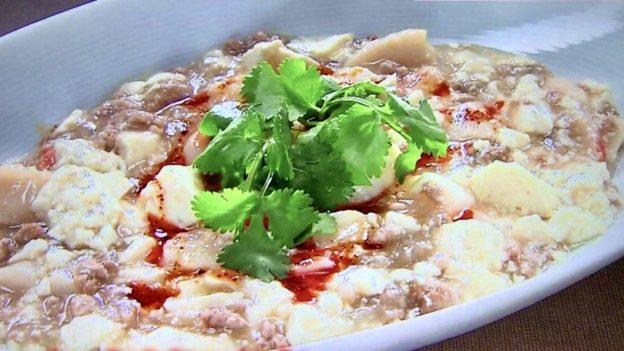 マサズキッチン「海鮮の白麻婆豆腐」