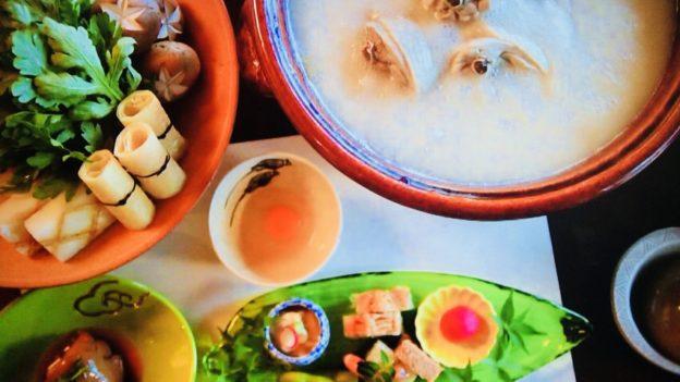 鳥彌三(とりやさ)「鶏の水炊き」