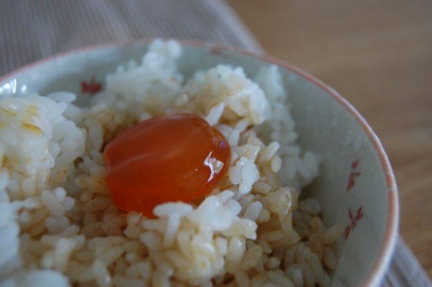 卵の醤油漬けで!料亭の卵かけご飯