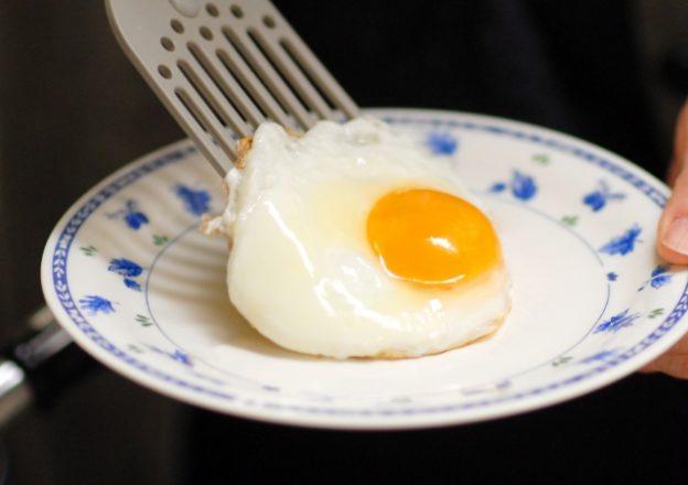 ホテルニューオータニの白身ぷっくり目玉焼き