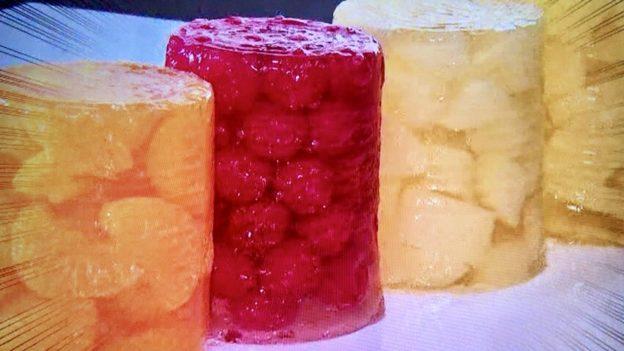 フルーツ缶詰まるごとタワー