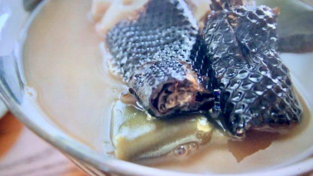 カナ「イラブー汁定食」